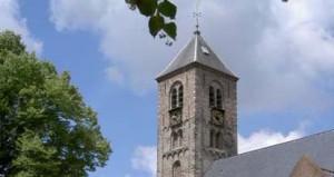 De huidige torenspits dateert uit 1818